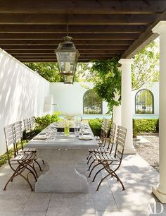 This Lakefront Louisiana Home Channels Cape Dutch Style