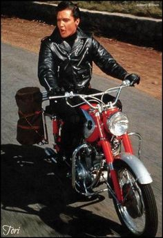 Elvis had the love for speed!!!