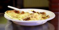 Un bel piatto di Focaccia di Recco. Divina! Più informazioni su questa prelibatezza qui: http://www.liguriainside.it/only-in-recco/
