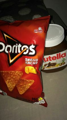 Doritos e Nutella Alcohol Aesthetic, Aesthetic Food, Doritos, Junk Food Snacks, Tumblr Food, Snap Food, Food Snapchat, Food Photo, Food Pictures