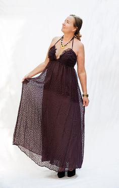 Seidenkleid, Unikat, Gr. 40, vorhanden in Wien. Pure silk dress, one-of-a-kind, available in Vienna, German size 40. Pure Silk, Vienna, Silk Dress, German, Curve Dresses, Deutsch, German Language, Silk Gown