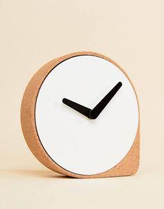 Moxon & Puik Clork Cork Clock