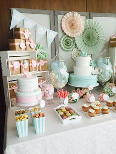 Bautizos y baby shower - Dulce Dorotea Candy Table, Candy Buffet, Dessert Table, Bar Deco, Deco Pastel, Fiesta Party, Shower Party, Baby Shower Decorations, Party Time