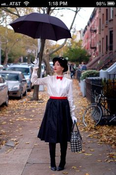 Mary Poppins... I love this easy halloween idea!