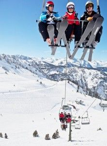 La Molina Ski Resort can be found in the Pyrenees Mountain Range, just 2 hours north of Barcelona. Escape the city and have some fun on the slopes in Spain! Spain Travel, Us Travel, S Ki Photo, Ski Card, Ski Accessories, Ski Bunnies, Visit Barcelona, Go Skiing, Ski Posters
