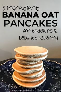 In need of an easy toddler breakfast idea? Look no further than these healthy banana oat pancakes! With only 5 ingredients, this healthy pancake recipe is easy to make and so tasty. These banana oatme Healthy Toddler Breakfast, Eat Breakfast, Breakfast Recipes, Blw Breakfast Ideas, Toddler Food, Easy Toddler Snacks, Banana Oatmeal Pancakes, Banana Oats, Healthy Banana Pancakes
