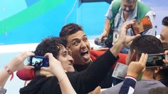 08.12.16 Anthony Ervin (USA) jokes around following his victory in the 50m free. At 35, he is the oldest member of Team USA swimming. #Rio2016