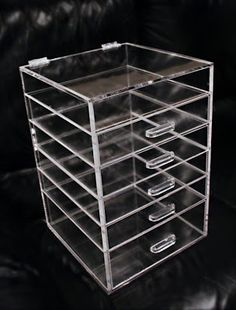 Make-up Organizer. The best thing to have in your bathroom. I need one soooo bad. For my makeup and hair accessories !