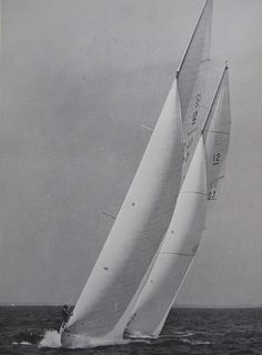 America's Cup Races - 1977 Photograph America's Cup Races were a Newport, RI tradition for over 100 years until the cup was lost by Dennis Conner in Classic Sailing, Classic Yachts, Classic Boat, J Class Yacht, Sail Racing, Sailboat Art, Out To Sea, Yacht Boat, Super Yachts