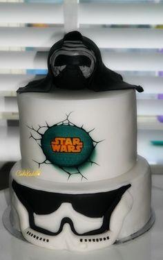 Kylo Ren Is Chocolate Cake Made Using Wilton S 3d Skull