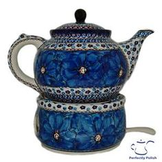 I like it when they have matching warmers. Polish Pottery
