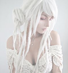 White dreadlocks are literally the most beautiful thing ever. I wish I could pull that off