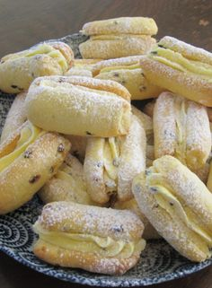 Tropical passionfruit is incorporated into shortbread to create a moreish afternoon tea recipe. Granny's Recipe, Recipe For Mom, Find Recipe, Recipe Ideas, Gourmet Recipes, Dessert Recipes, Healthy Recipes, Desserts, Drink Recipes