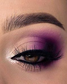 Makeup Looks For Brown Eyes, Makeup Eye Looks, Eye Makeup Steps, Eye Makeup Art, Makeup Eyeshadow, Images Of Eye Makeup, Eyeshadows, Brown Eyed Makeup, Smoky Brown Eye Makeup