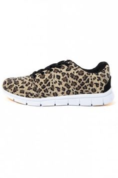 For your eyes only fashion Mens Designer Shoes, Leopard Shoes, Only Fashion, Style Fashion, Running Shoes For Men, Color Trends, Black Shoes, Trainers, Footwear