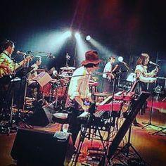 遅くなりましたが、一昨日(10/31)に土岐麻子Bitter Sweet Tour最終日@日本橋三井ホール、無事終わりました! いやぁ、本当に素敵な1ヶ月でした!!ありのままの自分を迎え入れてくれたクルーに感謝です。。 本当に最高な時間でした!! ご来場の皆様、ありがとうございました!  余談ですが、写真見返す度に楽器弾くときの姿勢がどんどんよくなってる。。(笑)やった。