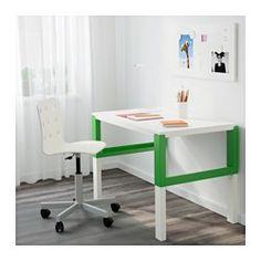 Dreifach höhenverstellbar - wächst mit dem Kind. Der Schreibtisch lässt sich durch Knöpfe an den Beinen mühelos in drei verschiedene Höhen einstellen (59, 66 oder 72 cm). In den Fächern zwischen den vorderen und rückwärtigen Schreibtischbeinen lassen sich Kabel und Mehrfachsteckdosen ordentlich unterbringen.