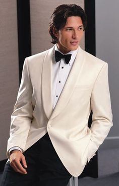 ~ Living a Beautiful Life ~ Ivory and black tuxedo - Classic Warm-Weather Black Tie White Tux Jacket, Mens White Suit, White Suits, Tuxedo Jacket, Men Formal, Formal Wear, Cream Suit, Prom Tuxedo, Black Tie Affair