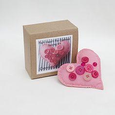 Filz Herz Nadelkissen Sewing Kit