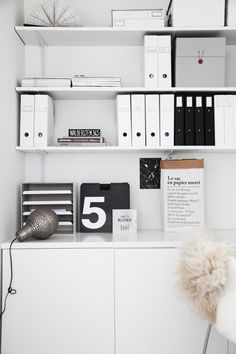 Productivity expert Laura Stack shares her favorite home office organization tips, while still keeping things stylish! She shares some of her favorite home office pieces, and clever ways to hide the clutter. See how you can get organized, too.