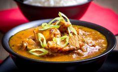 Indické kuřecí na koriandu a rajčatech Indian Food Recipes, Ethnic Recipes, Thai Red Curry, Food And Drink, Treats, Indie, Kochen, Rezepte, Sweet Like Candy