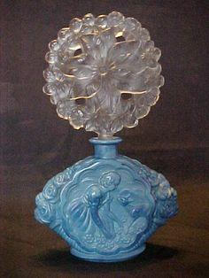 Rare Czech Art Deco Lapis Perfume Bottle w/ Blue Staining on Stopper Perfumes Vintage, Antique Perfume Bottles, Vintage Bottles, Bottle Vase, Glass Bottles, Carafe, Blue Perfume, Beautiful Perfume, Glass Art