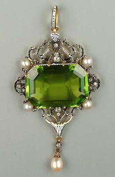 Vintage Jewelry A late century peridot and enamel pendant, by Carlo Giuliano, circa Jewelry Art, Antique Jewelry, Jewelry Accessories, Vintage Jewelry, Fine Jewelry, Jewelry Logo, Jewelry Quotes, Jewelry Holder, Silver Jewellery