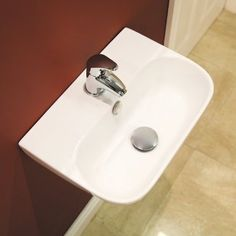 The Virtuo 1 tap hole wall hung basin. This basin is a stunning design which would look outstanding in any modern bathroom. The size of the basin and the fact that it is wall hung makes this a perfect choice for en-suites and smaller bathrooms.