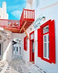 Mykonos Town, Southern Europe, Santorini Greece, Paros, Stunning View, Greek Islands, Greece Travel, Summer Vibes, Scenery