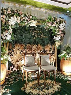 Backyard Party Decorations, Backdrop Decorations, Backdrops, Flower Arrangement Designs, Modern Flower Arrangements, Diy Photobooth, Reception Backdrop, Photo Booth Backdrop, Cookies