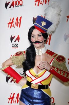 Happy 28th Birthday, Katy Perry! Check out Some of Her Hottest Looks