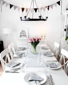 Cimla Interior - Finland (@cimla_interior) • Foton och videoklipp på Instagram Finland, Table Settings, Gallery Wall, Instagram, Interior, Pictures, Frame, Home Decor, Photos