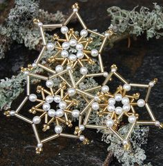 Vánoční hvězda bílá a zlatá