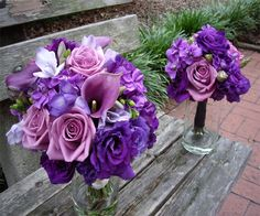 Purple wedding flowers for an added freshness : Wedding Clan