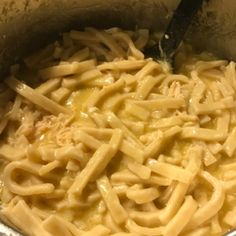Instant Pot Chicken and Noodles - Completely Christi Crockpot Chicken And Noodles, Chicken Noodle Recipes, How To Cook Chicken, Ip Chicken, Frozen Chicken Recipes, Crockpot Meals, Chicken Wings, Whole30, Pots