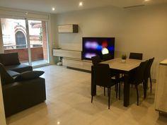 Salón / Comedor Living Spaces, Flat Screen, Nail Decorations, Flats, Blood Plasma, Flatscreen, Dish Display