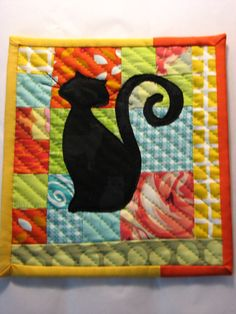 Cat lover mug rug- grandma pat and steph Small Quilts, Mini Quilts, Baby Quilts, Quilting Projects, Sewing Projects, Quilted Potholders, Gatos Cats, Place Mats Quilted, Fabric Postcards