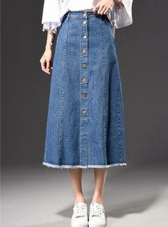 Stylish Blue Skater Denim Maxi Skirt With Tassel Edge Stilvolle blaue Skater Denim Maxirock mit Quaste Rand Long Denim Skirt Outfit, Black Skirt Outfits, Skirt Outfits Modest, Modest Dresses, Casual Skirts, Women's Casual, Korean Look, Skater Jeans, Skater Skirt