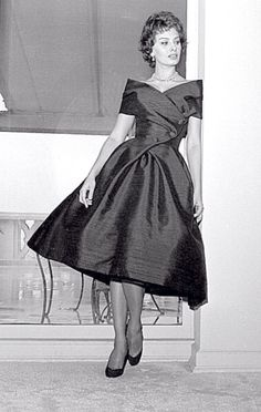 Cool -> Vintage Dress Patterns ;-D