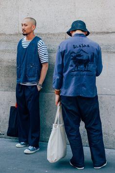 Most Stylish Men at Paris Fashion Week The Best Street Style from Paris Fashion Week Photos Men's Street Style Paris, Cool Street Fashion, Casual Street Style, Mens Fashion Week, Look Fashion, Paris Fashion, Fashion Styles, Men Street, Street Wear