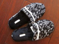 Treat your feet to these soft, cushy Soma scuff house slippers in black size small, with white design, ribbon and bow. Their padded soles are very comfortable. You'll love how convenient they are.easy on and easy off! Ribbon Bows, Womens Slippers, Easy, Handmade, Gifts, Closet, House, Accessories, Black