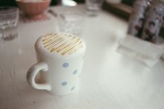 dryumbrellas:    let's have some coffee~ (by Austin_Lee0502)