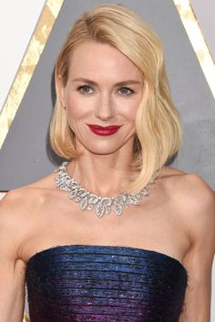 Naomi Watts' brought high shine to new levels in sparkling Armani and a stunning collar necklace with brilliant cut and pave diamonds by Bulgari.