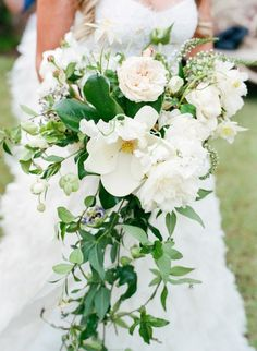 Wedding bouquet idea; photo: Kelli Durham