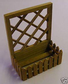 1:12 Scale Dark Wood Flower Bed Box Dolls House Miniature Garden Accessory