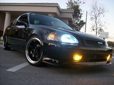 98 honda civic - awww looks almost like my Stevie butts car :)