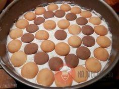 FotoRecept | Broskyňová nepečená torta - NajRecept.sk Food And Drink, Pudding, Pie, Desserts, Bilingual Education, Author, Pinkie Pie, Tailgate Desserts, Deserts