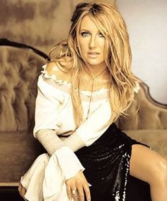 Lee Ann Womack Photos of Country Music Artists, Country Music Stars, Country Singers, Country Women, Country Girls, Lee Ann Womack, Grey Blonde Hair, Music Icon, Pop Music