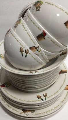 Thomson Pottery My Garden 22 PC Dinnerware Set Garden Items Flowers Word Band | eBay