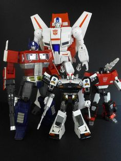 Daca Toys Kronos (Skyfire) with Transformers Masterpiece MP-10 Convoy (Optimus Prime), MP-17 Prowl and MP-12 Lambor (Sideswipe)
